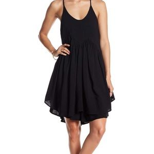 Romeo + Juliet Couture Cutaway Swing Dress Black